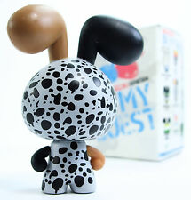 Red Magic STEREOTYPE SERIES 4 BE MY GUEST Acquired Clothing Vinyl Figure Dunny