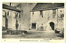 CPA 39 Jura Baume-les-Messieurs Cour de l'Abbaye