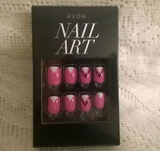 AVON NAIL ART PRESS ON NAILS ~ SALON PERFECT NAILS IN SECONDS ~ NEW ~GO GRAPHIC