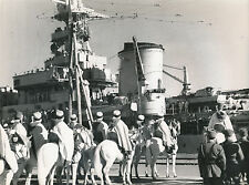 MAROC c. 1940 -  Navire de Guerre  Militaires en Rade de Casablanca  - DIV 8147