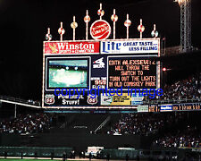 Comiskey Park September 29,1990  Last Night Game Scoreboard  Color 8x10 X