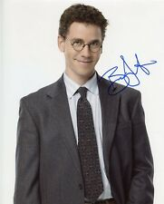 AUTOGRAPHE SUR PHOTO 20 x 25 de Brian DIETZEN -NCIS-  (signed in person)