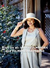 "JOAN COLLINS - 12"" x 8"" Colour Photograph HELLO! Magazine Shoot 1995 #01003"