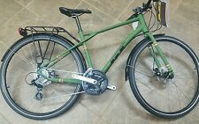 NEW GT TRAFFIC 2.0 COMMUTER ,BIKE PATH, CITY, URBAN , BICYCLE, DISC BRAKES 24SPD