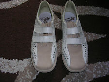 LADIES SHOES - RIEKER ANTISTRESS - SIZE 5 - WORN ONCE
