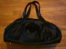 WHITE HOUSE I BLACK MARKET SMALL BLACK HANDBAG
