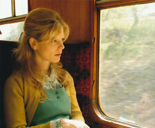 Emilia Fox UNSIGNED photo - P2372 - Silent Witness, The Pianist & Cashback