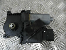MERCEDES BENZ A 160 2000 - N/S PASSENGER SIDE FRONT WINDOW MOTOR / 168 820 11 42