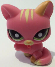 Littlest Pet Shop LPS 1562 Pink Yellow Cat Licking Paw Green Eyes Figure Toy