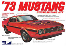 MPC 1973 Ford Mustang Fastback Customizing model kit 1/25