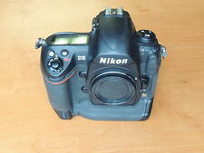 Nikon D3 Camera Used Body bundle with 1 Battery & Cover  30K Clicks