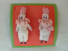 antique pattern card with 2 dolls * Hertwig & Co. * 2 bisque Easter bunnies ***