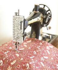 William Morris Ladrón Fresa Rojo Algodón Tela Floral Por Medio Metro