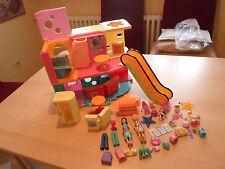 Polly Pocket - Polly's großes Einkaufszentrum mit Rolltreppe, Puppen & Kleidung