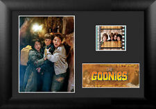 THE GOONIES I 20X14 CM MINI FILM CELL FOTO PELLICOLA FILMCELLS POSTER FRAMED #1
