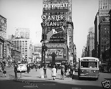 Photograph  Vintage 1941 New York Times Square / Duffy Square    11x14