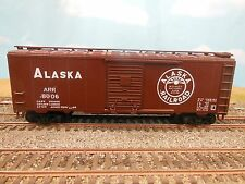 HO SCALE ALASKA ARR 8006 40' BOX CAR CUSTOM DECORATED