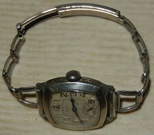 Vintage 1933 Elgin Men's Wristwatch with Original Band