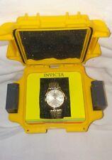 Invicta 40mm vintage quartz leather strap watch