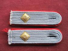 Paar Schulterstücke f.e.Oberleutnant der Artillerie  f.d.Uniform  2.WK