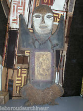 old African statue.ancienne Statue africaine plaque Kwele
