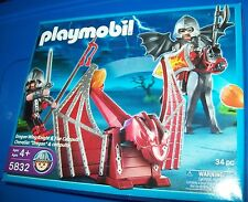 PLAYMOBIL 5832 DRAGON WING KNIGHT & FIRE CATAPULT ~ NEW in Sealed box Retired