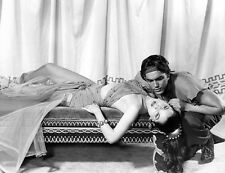 Debra Paget and Jeffrey Hunter UNSIGNED photo - C786 - Princess of the Nile