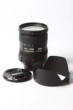 Nikon AF-S DX Nikkor 18-200mm 1:3,5-5,6 G ED VR Objektiv 72 mm
