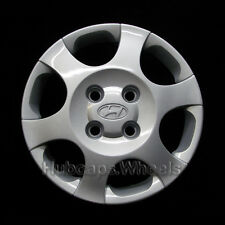 Hyundai Elantra 2001-2003 Hubcap - Genuine Factory OEM 55549 Wheel Cover