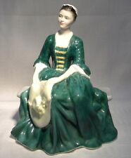 EARLY ROYAL DOULTON  FIGURINE    A LADY  FROM WILLIAMSBURG HN 2228 RETIRED