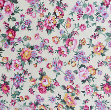 BTHY 100% Cotton Quilting, Sewing Fabric Shabby Country Cottage Calico Flower