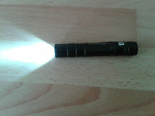 SUPERB  QUALITY POCKET SIZE MINI TORCH.. SUPER BRIGHT LIGHT..    CLIP DESIGN....