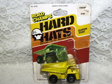 ROAD CHAMPS HARD HATS DIE CAST EXCAVATOR DUMP TRUCK CONSTRUCTION EQUIP 1986 NIP