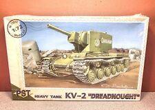 1/72 PST HEAVY TANK KV-2 DREADNOUGHT MODEL KIT # 72017