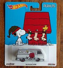Hot Wheels 2016 Peanuts '66 Dodge A100 Snoopy Van