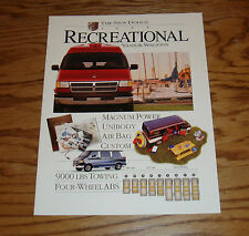 Original 1995 Dodge Recreational Van & Wagon Sales Brochure 95 Ram