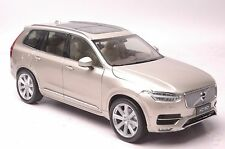 Volvo XC90 2015 SUV model in scale 1:18 gold