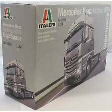 Italeri 1:24 3905 Mercedes-Benz Actros Gigaspace Model Truck Kit