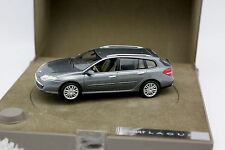 Norev 1/43 - Renault Laguna Break Estate Light Gold