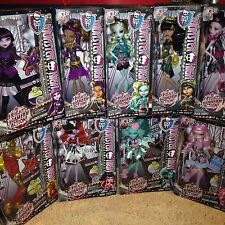 Monster High Complete Frights Camera Action Set of 9 Dolls NEW