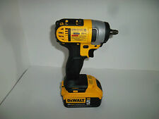 DEWALT DCF883B  20 V MAX 3/8 In IMPACT WRENCH & DCB205 5 Amp Battery *NEW DCF883