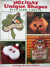 HOLIDAY UNIQUE SHAPES IN PLASTIC CANVAS  **PLASTIC CANVAS BOOK/LEAFLET**