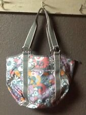 LeSportsac Le Sportsac Floral Purse Bag Tote Perfect For Travel!  Nice!!