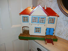 Unique Vintage Triang Dolls house No 61 1930's to 1950's