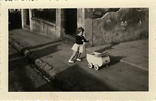 PHOTO ANCIENNE - VINTAGE SNAPSHOT - ENFANT JOUET LANDAU MODE OMBRE - CHILD TOY