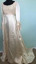 Vtg Medieval Renaissance Gown Wedding Dress Satin Lace Costume Sz 4? Cream 60s