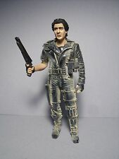MAD  MAX  1/18  UNPAINTED  FIGURE  MADE  BY  VROOM  FOR  MATTEL  MINICHAMPS