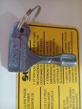 Triangular key lift for elevator door, kone, otis, selcom key, Hitachi, thyssen