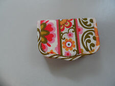 Vera Bradley Card Keeper in folkloric pattern NWOT