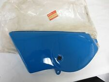 SUZUKI TS100 TS125 1980-81  BLUE LEFT SIDE PANEL COVER 47211-48500- 08Y NOS